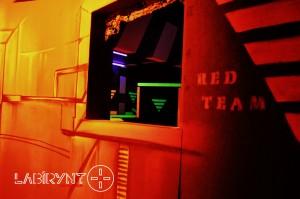 Red Base2 - Labirynt Laser Tag Szczecin z Logo